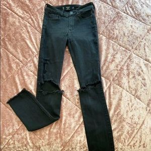 Amazing black ripped skinny jeans